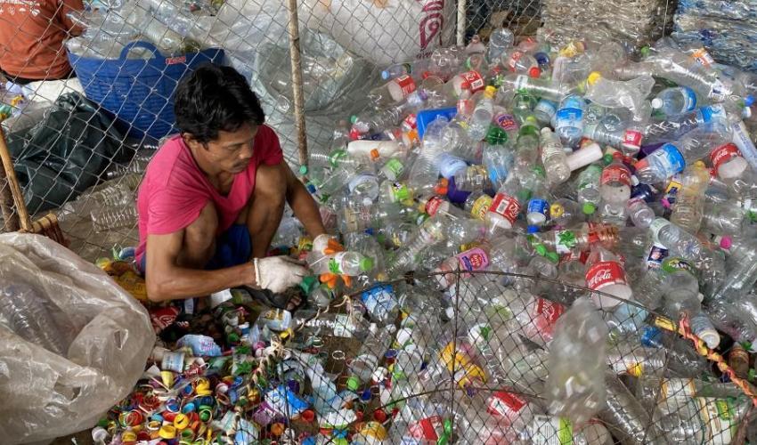 quickly dissolve plastic